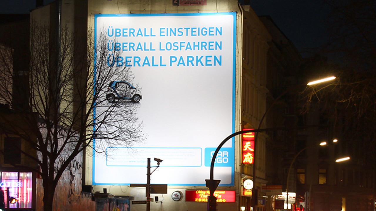 car2go Riesenposter Ueberall einsteigen ueberall losfahren ueberall parken
