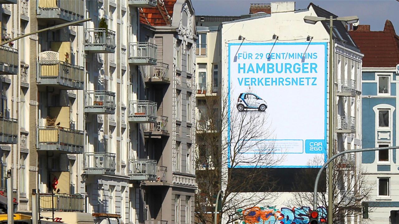 car2go Riesenposter Fuer 29 ct/Min in Hamburger Festnetz