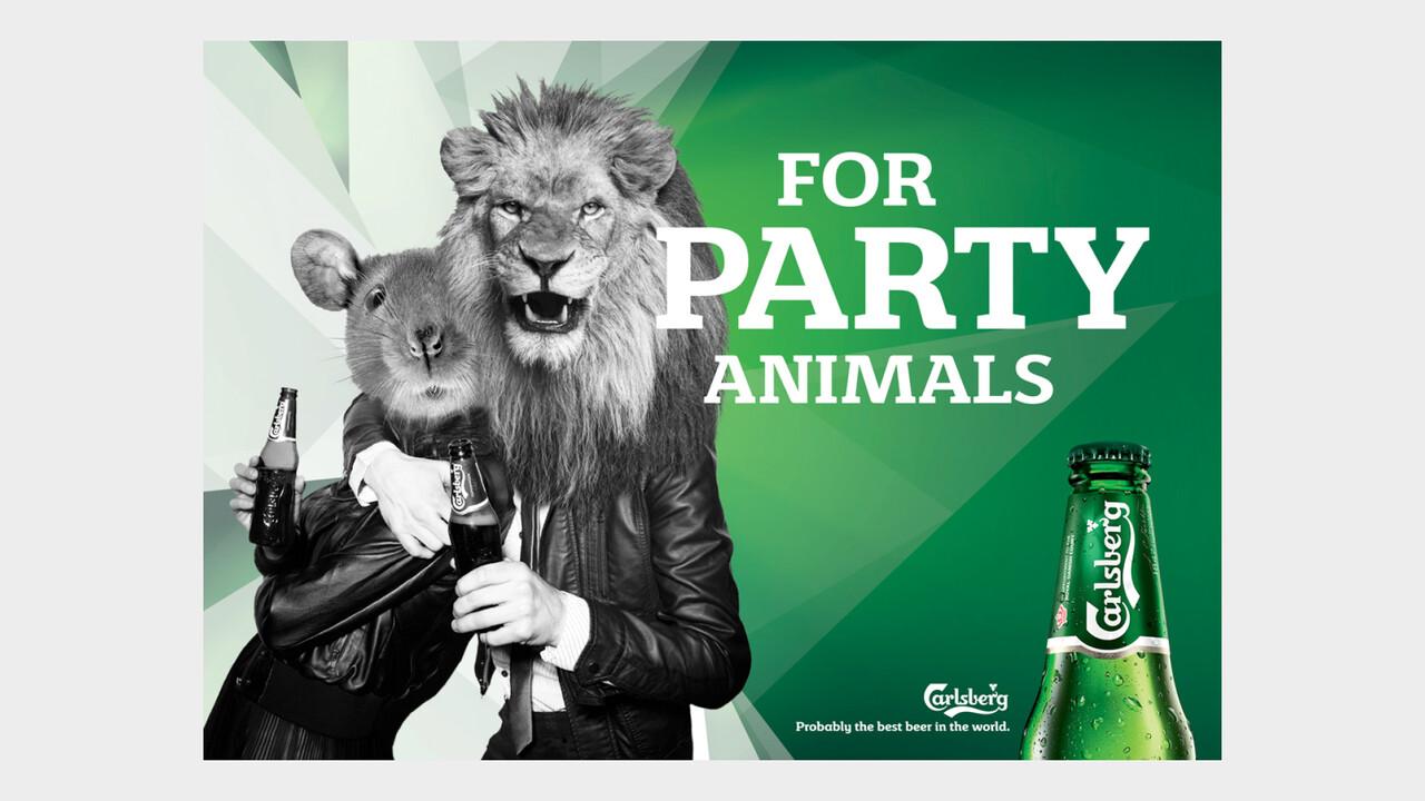 Carlsberg OOH Anzeige For party animals Loewe und Maus