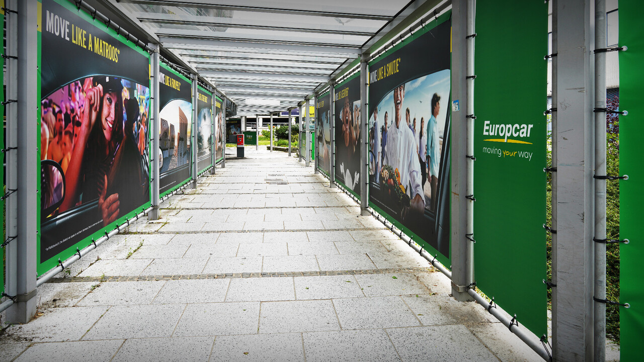 Europcar Hamburg Airport Branding mitten im Tunnel