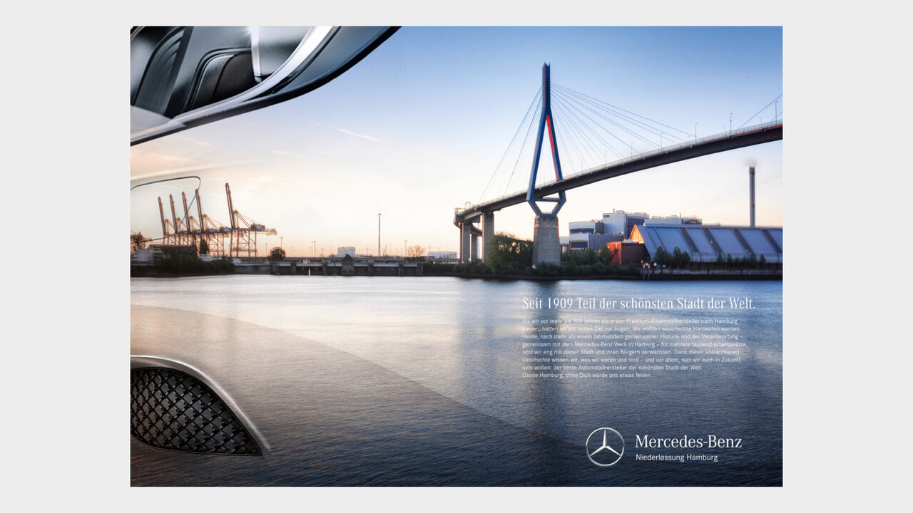 Mercedes Benz Niederlassung Hamburg Print Anzeige Kohlbrandbruecke Panorama Spiegelung an einem Mercedes Kotfluegel