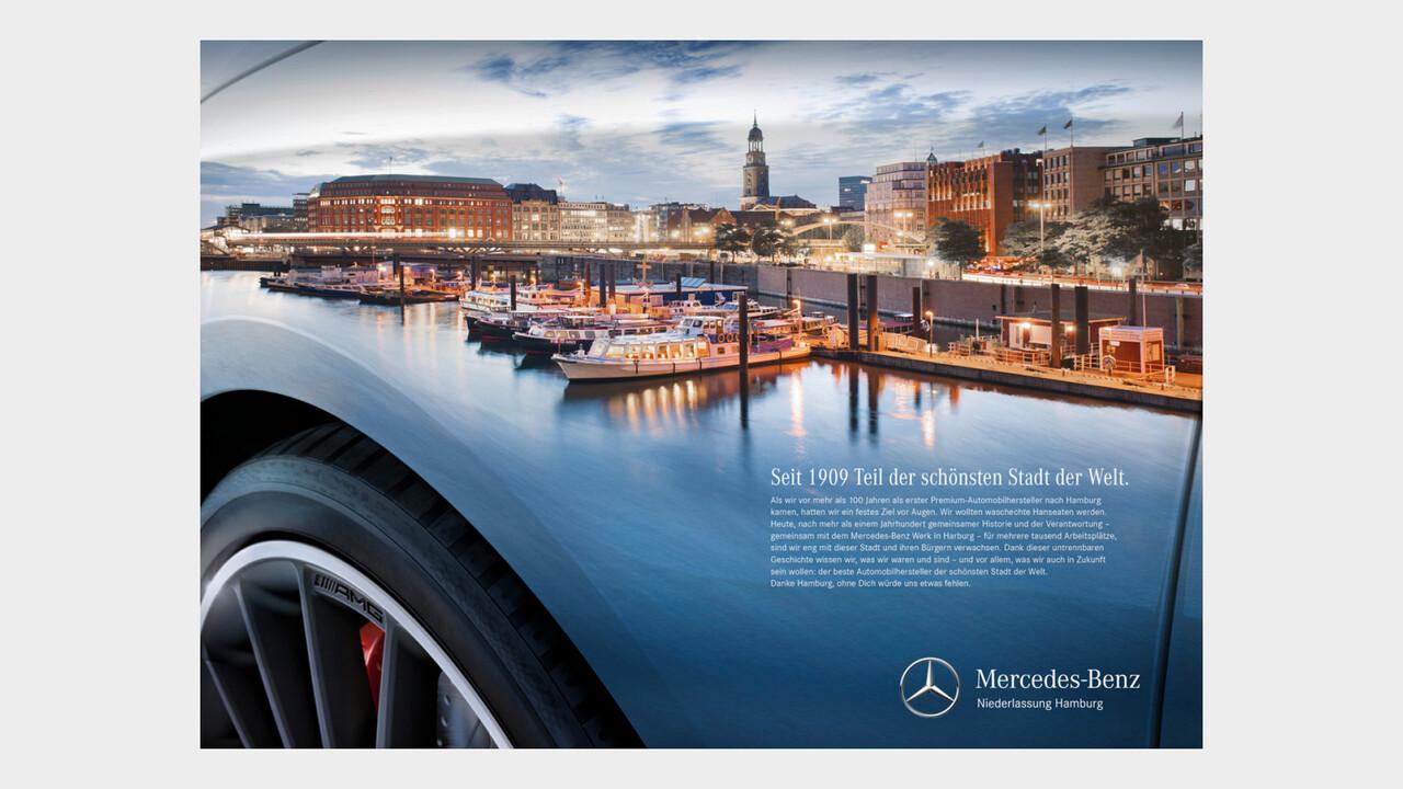 Mercedes Benz Niederlassung Hamburg Print Anzeige Hafen Panorama Spiegelung an einem Mercedes Kotfluegel