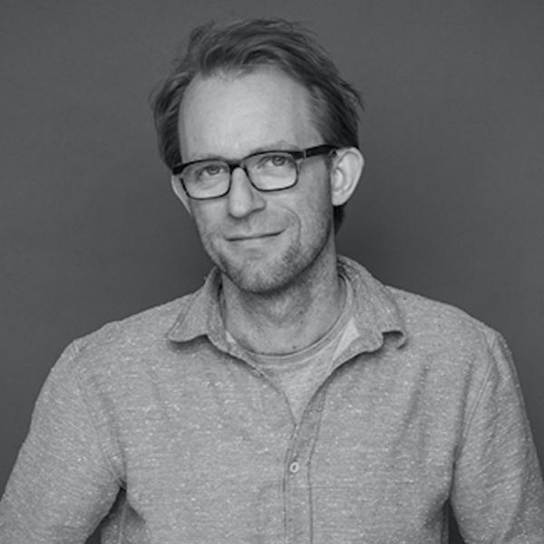 schwarz-weiß Portraitfoto David Preuss