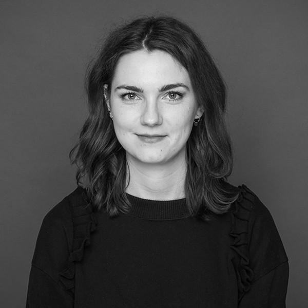 schwarz-weiß Portraitfoto Madeleine Libuda